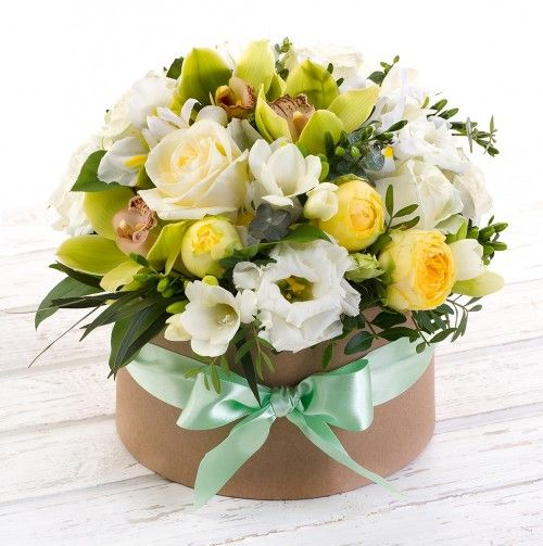 Flowers-Box mix with eustoma and orchids